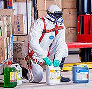 Etiquettes de produits chimiques & d'entretien